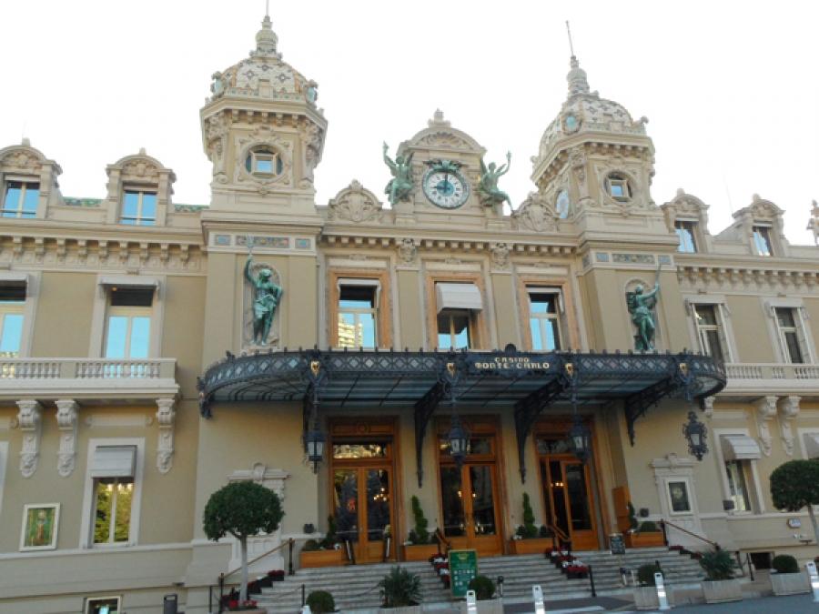 Monte-Carlo